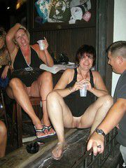 Mommy swingers, swinger party photos