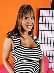 Watch Ava Devine&#8217;s videos