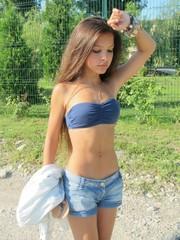 My sexy girlfriend show her big tits