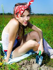Gardener teen enjoy sun