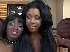 Black Lesbians Strapon play
