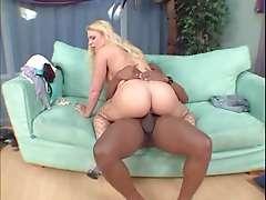 Heidi Mayne 01