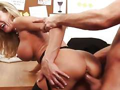 Brandi Love gets her hot pussy filled with hard cock