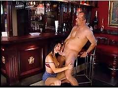 Bartender gets a nice blowjob