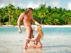 Cock sucking in paradise