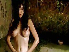 Beatriz Rico nude video, topless scene