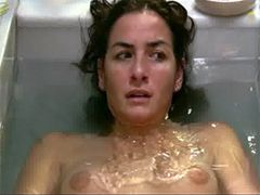 Naked Belen Lopez flashing breasts in the bathtub