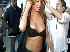 Singer Mariah Carey has nice Boobs