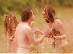 Nude Marion Cotillard and nude Melanie Laurent - Dikkenek