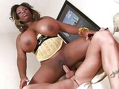 Stunning boobies black MILF Mianna Thomas riding immutable locate