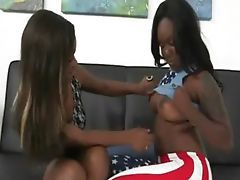 Ebony GF presents her amazing big booty
