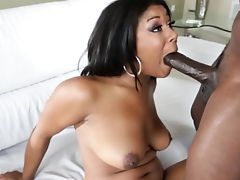 Steamy anal sex close up with ebony babe