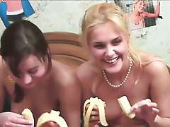 Banan Video, Two russians Sasha and Natasha
