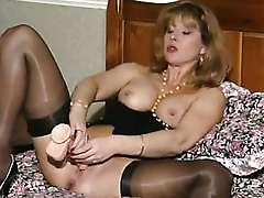 wife slut toys cunt pussy mature milf slapper