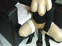 HotVivien - Megadildo feat. nasse Fotze