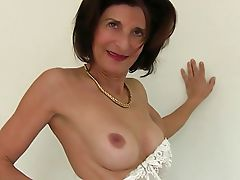 Hot Mature Nice Pussy with Dildo