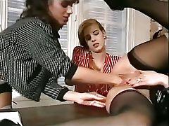 Fisting Lesson From The Sleek Hair Frau