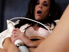 Pornstar India Summer using toy during sex