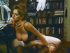 Lisa De Leeuw, busty retro porn star