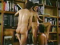 Awesome 3some sex in the school