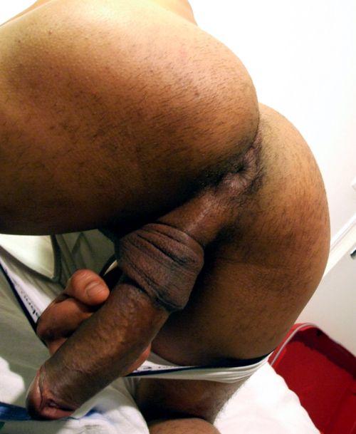 amateur naked men cock close up