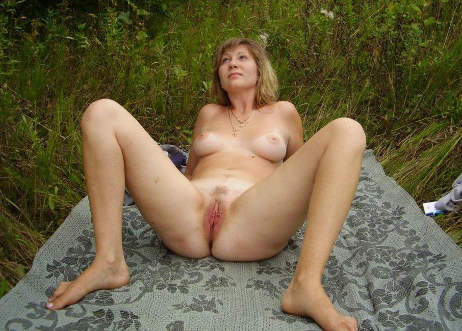 Old and young lesbians tube galore